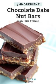 heart healthy desserts These Dark Chocolate Covered Date Nut Bars are such a simple, good-for-you treat! Just 15 minutes to make and paleo-friendly! Heart Healthy Desserts, Healthy Christmas Recipes, Healthy Deserts, Healthy Sweets, Healthy Dessert Recipes, Healthy Snacks, Vegan Sweets, Vegan Desserts, Vegan Snacks