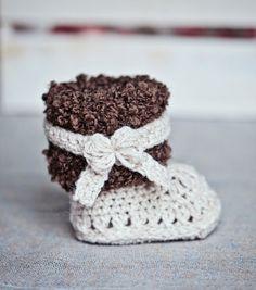 Instant download Baby Booties Crochet PATTERN от monpetitviolon