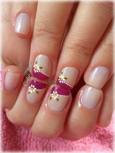 Nail patterns or nail art is an extremely hassle-free concept - patterns or art which is used to embellish the finger or toe nails. You can use them mostly to enhance a dressing up or improve a daily look. French Tip Nail Designs, Classy Nail Designs, French Tip Nails, Super Cute Nails, Pretty Nails, Fancy Nails, Diy Nails, Vacation Nails, Flower Nails
