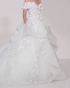 Off-shoulder Off-White dress with a multi-layered full- circle skirt and embellished with embroidery and flowers. Spring 2020 Bridal Ready to Wear Collection by Saiid Kobeisy Sheath Wedding Gown, Wedding Gowns, Stunning Wedding Dresses, Beautiful Dresses, Full Circle Skirts, Circle Skirt Dress, Saiid Kobeisy, Rainbow Outfit, Off White Dresses