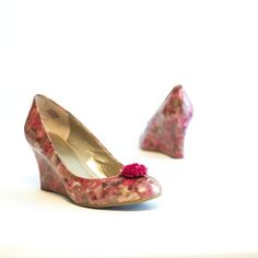 Mod Podged Shoes with Flowers #modpodge #flowers #shoes
