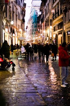 Love the busy streets. Florence, Italy