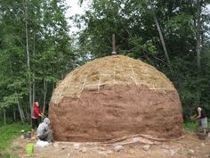 Cheap and efficient straw bale dome homes :) - Energetic Forum http://www.energeticforum.com/general-discussion/6071-green-cheap-efficient-straw-bale-dome-homes.html