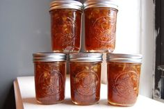 Carrot Cake Jam....this would make a quick, inexpensive gift for the mailman, the kid who shovels your snow and doesnt ask for a penny, or as an addition to a gift basket or even to pimp up that kitchen themed gift youre giving someone.