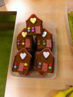 Ontbijtkoek huisjes kindertraktatie