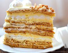 New cake decoration honey 53 Ideas Cake Mix Recipes, Cookie Recipes, Dessert Recipes, Bulgarian Recipes, Russian Recipes, Russian Cakes, Photo Food, Easy Cake Decorating, Food Crush