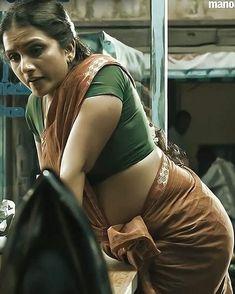 South Indian Actress Hot, Indian Actress Hot Pics, Most Beautiful Indian Actress, Beautiful Actresses, Beautiful Women Over 40, Beautiful Black Girl, Beautiful Girl Image, Rekha Actress, Glam Photoshoot