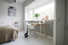 Ikea Lisabo desk - www.donebymyself.nl