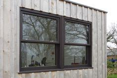 Fenêtre à guillotine maison bois vue extérieure