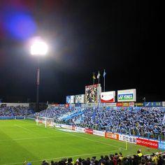March - 13 - 2016 . Kashiwa Reysol - Jubilo Iwata @ Hitachi Kashiwa Stadium  12/03/16. 刑事コロンボみたいなコートを着ていたので(笑)注目してたんですが やっぱり下平さんになりましたね 下平さんは長野の奥さんではありませんのでご注意を(笑) #thechickenbaltichronicles #japan #japon #football #futbol #futebol #fussbal #voetbal #calcio #soccer #instafootball #jleague #stadium #estadio #stadion #march #sunday #日本 #サッカー #jリーグ #柏レイソル #ジュビロ磐田 #日立台 by 708ggg