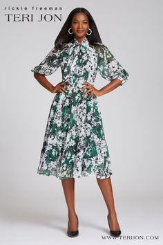 The tea-length multi floral print dress is both modest and flattering. The sweet bow at the neck finishes off the perfect spring dress that will become a wardrobe staple that you reach for again and again. Daytime Dresses, Day Dresses, Chiffon Dress, Lace Dress, Print Chiffon, Casual Frocks, Dress With Bow, Cotton Dresses, Dress Patterns