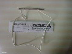 POWER TOOLS : herramiento que sirve para cerrar contenedores , enlazar 3 ring , y colocar bumpers de siliconas . Construido en acero inoxidable y cuerda spectra (reemplazable) ...