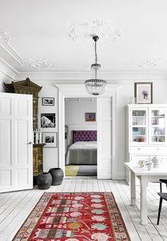 A DANISH ACTRESS' BEAUTIFUL COLOURFUL HOME…