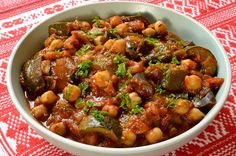 Pan-fried summer vegetables with chickpeas - Pan-fried summer vegetables with chickpeas - Vegetarian Recipes, Healthy Recipes, Couscous, Food Design, Kung Pao Chicken, Chana Masala, Spicy, Nutrition, Vegetables