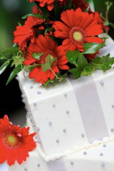 Gerbera Daisy Wedding Cake topper
