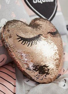 Cute rose gold sequin lash pillow with eyelashes Rose gold sequin eyelash pillow sparkly cute! Cute rose gold sequin lash pillow with eyelashes Rose gold sequin eyelash pillow sparkly cute! Saffron Barker Merch, Eyelash Pillow, Heart Cushion, Cushion Pillow, Eyelash Logo, Gold Bedroom Decor, Lash Room, Cute Rose, Room Accessories