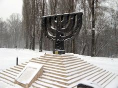 Las impactantes imágenes recuerdan la maquinaria del horror nazi. Situado en Polonia, cerca de Cracovia, este campo fue el más terrible y mortífero: allí más de 1,1 millones de personas fueron asesinadas. Hoy se conmemora el Día del Holocausto y el Heroísmo