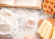 Pulire le tapparelle velocemente e in modo naturale: la guida pratica - Stile Donna Waffles, Good Things, Cookies, Breakfast, Food, Crack Crackers, Morning Coffee, Biscuits, Essen