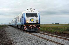 ferrocarriles del sud: SAAVEDRA SE MOVILIZA PARA QUE EL TREN SE DETENGA E...