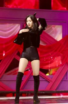Stage Outfits, Kpop Outfits, Lee Joo Young Hair, Fandom, Korean Star, Hourglass Figure, New Girl, K Idols, Kpop Girls