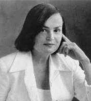 """Rosario Ferre de Puerto Rico. Autora del cuento corto """"La muneca menor"""""""