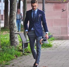 Mens Fashion Smart – The World of Mens Fashion Mens Fashion Suits, Mens Suits, Fashion Menswear, Business Fashion, Stylish Men, Men Casual, Look Man, Jackett, Suit And Tie
