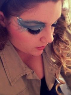 Seussical: The Musical — Gertrude McFuzz inspired makeup Claire's Makeup, Bird Makeup, Show Makeup, Costume Makeup, Gertrude Mcfuzz, Seussical Costumes, Elephant Costumes, Peter And The Starcatcher, Magical Makeup