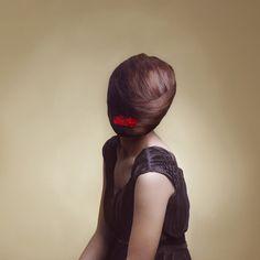 Maia Flore, big head poetry