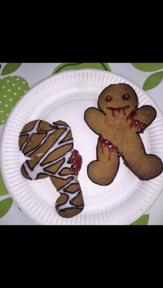 Halloween Gingerbread Zombie biscuits! Make your own or decorate shop bought ones with red, black and white  icing! Great for adults and kids alike!!