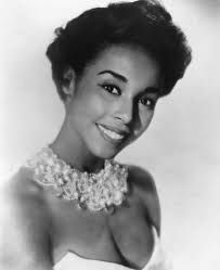 20 Stunning Black and White Photos of a Young and Beautiful Diahann Carroll in the and Diane Carroll, Yvonne De Carlo, Maureen O'hara, Legendary Singers, Vintage Glamour, Vintage Style, Vintage Beauty, Vintage Black, Black Actresses