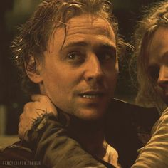 tom hiddleston kissing gif | Tom Hiddleston as Prince Hal in BBC's The Hollow Crown ( Henry IV )