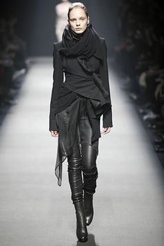 Haider Ackermann Fall 2008 Ready-to-Wear Collection Slideshow on Style.com