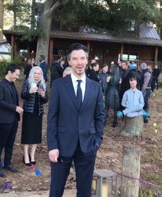 Thanks to and Chris Evans' illegal vids at Tony's funeral, it's now hard to unsee the image of Doctor Strange laughing like… Avengers Cast, Marvel Avengers, Avengers Bloopers, Spideypool, Superfamily, Marvel Funny, Marvel Memes, Stan Lee, Benedict Cumberbatch Wedding