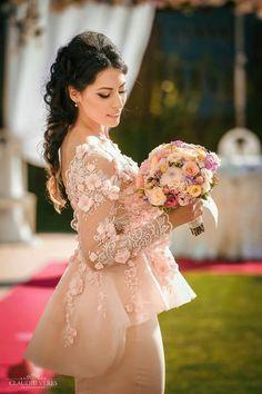 Red Nails, Nasa, Wedding Dresses, Ideas, Fashion, Red Toenails, Bride Dresses, Moda, Red Nail