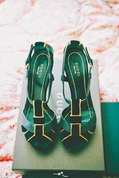 green wedding shoes emerald greenery and gold wedding shoes Pump Shoes, Wedge Shoes, Shoe Boots, Shoes Heels, Shoe Wedges, Nike Shoes, Shoes Sneakers, Shoe Shoe, Lace Heels