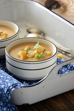Cream of Caramelized Onion and Cheese Chowder with Homemade Croutons #soup #recipe