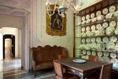 Places: La Villa Sola Cabiati, Lake Como, Italy :: This Is Glamorous Lake Como Villas, Lake Como Italy, China Display, Italian Villa, Antique Interior, Hotel Decor, Cabo, Old Houses, Interior And Exterior