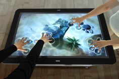 Shows multi-touch capabilities