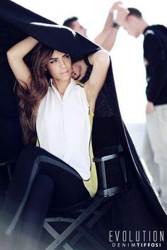 TIFFOSI - Nova Coleção Primavera 2014 #tiffosi #tiffosidenim #newcollection #novacoleção #denim #primavera #spring #newin #woman  Top: http://www.tiffosi.com/camisas-s-s-amarelo-19354.html  Jeans (sugestão): http://www.tiffosi.com/mulher/calcas-de-ganga/calcas-de-ganga-blake-skinny.html