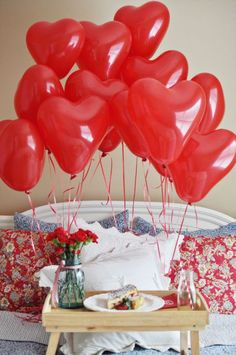 Heart balloons & valentine's breakfast in bed! Valentines Breakfast, Mothers Day Breakfast, Breakfast In Bed, Birthday Breakfast, Romantic Breakfast, Breakfast Ideas, Valentines Balloons, Valentines Day Party, Happy Valentines Day