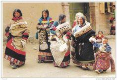 Relaxed Tibetan Nomadic Women - Delcampe.net