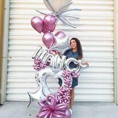 Image may contain: 1 person Love Balloon, Balloon Flowers, Balloon Bouquet, Balloon Garland, Birthday Balloon Decorations, Birthday Balloons, Deco Ballon, Art Decor, Birthdays