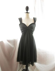 Classic Sweetheart Bombshell Piano Black by RiverOfRomansk on Etsy, $49.85
