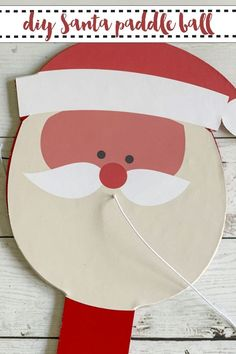 Learn how to make this darling Santa Paddle Ball in minutes on Everyday Party Magazine. #Santa #CricutMade #Cricut #HolidayCratLightning