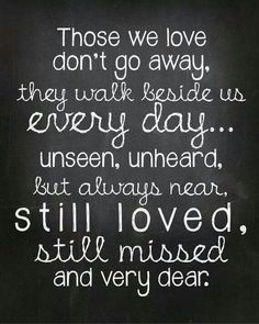 25 Life Quotes To Help You Cope With Grief & Heal When Someone Dies Unexpectedly One Love Quotes, Loss Of A Loved One Quotes, Missing You Quotes, Good Life Quotes, Mom Quotes, Qoutes, Advice Quotes, Prayer Quotes, Family Quotes