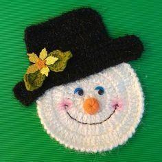 Tutorial paso a paso para que podáis realizar este lindo muñeco de nieve. Instrucciones pinchando el enlace.¡Espero que os guste! http://es.blastingnews.com/tendencias/2015/12/navidad-muneco-de-nieve-tejido-a-crochet-00689731.html