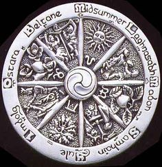 Beautiful Silver Season Wheel