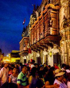 Anochecer en Arzobispado de Lima