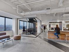 Gallery of Saatchi & Saatchi New York Office / M Moser Associates - 10