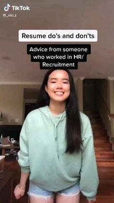 Job Resume Advice/Tips/Hacks For Job Seekers Tiktok Video High School Hacks, College Life Hacks, Life Hacks For School, School Study Tips, Resume Advice, Job Resume, Resume Ideas, Vie Motivation, Job Interview Tips